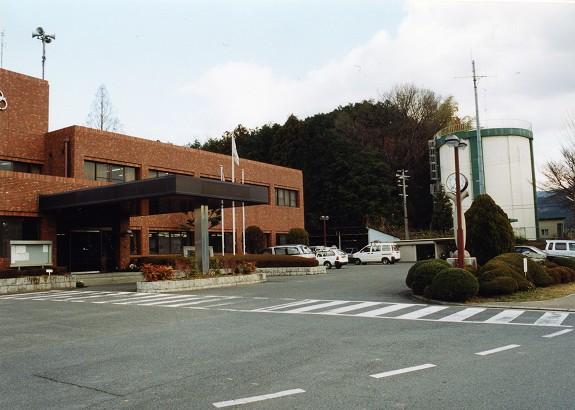 高取町役場 平成13年